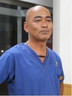 夜間診療科 主任獣医師 木次 洋一